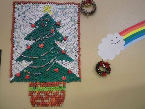 「クリスマスツリーには夢とほのぼのさがある」