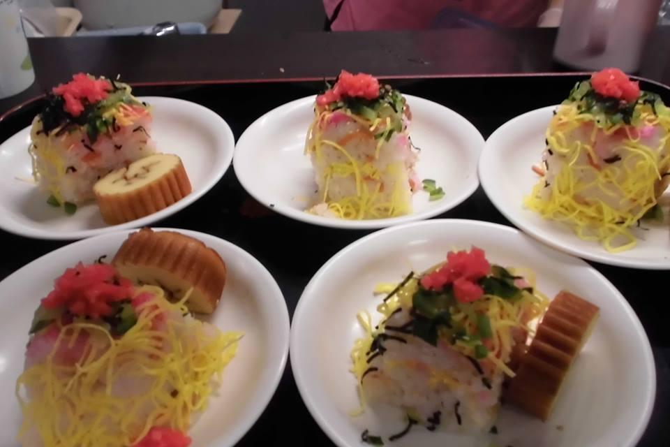 「ケーキ風ちらし寿司」